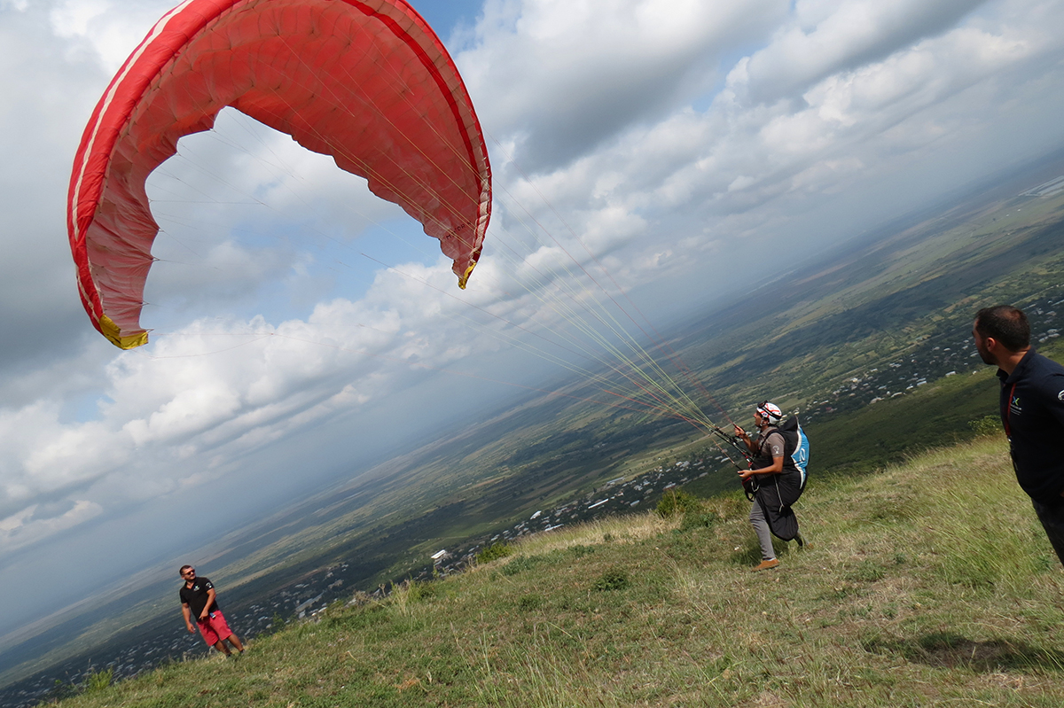 Paragliding in Sighnaghi